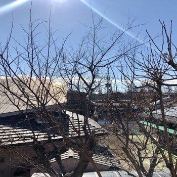 晴れている日は気持ちいい!キレイな青空が見えました。