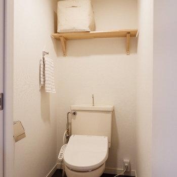 もちろんこちらもシャワートイレ付※家具・小物はサンプルです