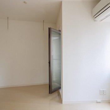 バルコニー前のスペース、どう使おうかな?※写真は4階の同間取り別部屋のものです
