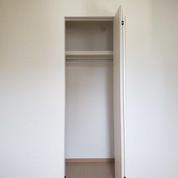 【2階】収納ケースを使えばキレイにまとめられますね※ 写真は前回募集時のものです