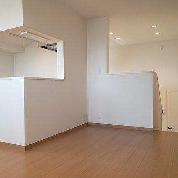 【2.5階】大きなダイニングテーブルを置きたいな※ 写真は前回募集時のものです
