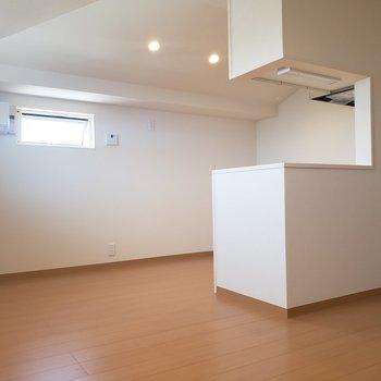 【2.5階】ここから料理する姿をちらり※ 写真は前回募集時のものです
