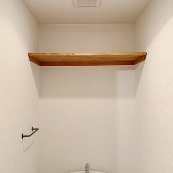 上部に木棚つき!ストック類はこちらに◯