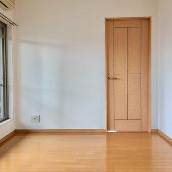 これは洋室への扉。(※写真は前回募集時のものです)