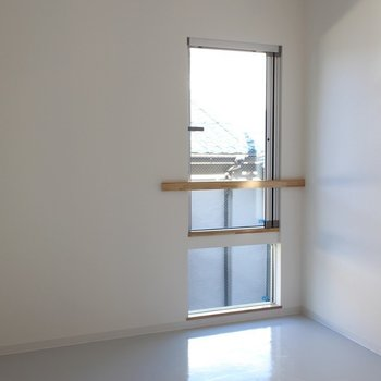 2Fリビングルーム※写真は2階の似た間取り別部屋のものです