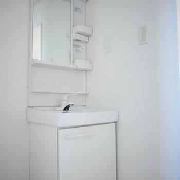 独立洗面台はコンパクト
