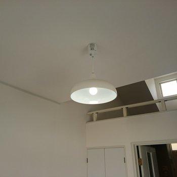 照明もサービスで取り付けてあります
