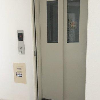 エレベーターがあるので便利です!