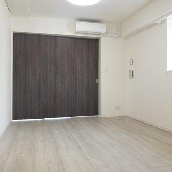 【LDK12.0帖】窓がわにソファを置きたいな〜