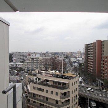 ここからも街の景色が見えます。