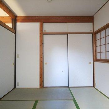 落ち着く雰囲気の和室。