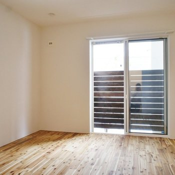 窓も多いですねー! ※写真は前回募集のものです。