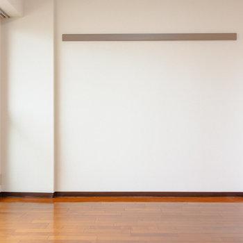 ソファベッドなんかをこちらに置きたいな。※写真は6階の同間取り別部屋のものです