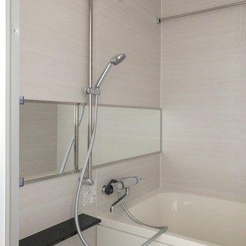 浴室乾燥できます。※写真は通電前のものです。