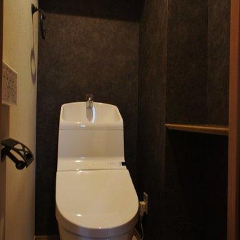 トイレも!棚があるの、うれしい。