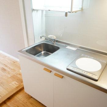 【イメージ】キッチンは新しいIHが付きますよ♪