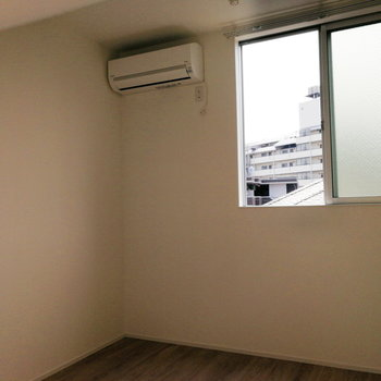 【3F】窓の位置が少し高めです