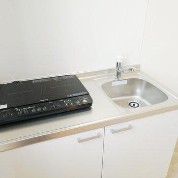 【2F】調理スペースは隣の空間を活かしたい!