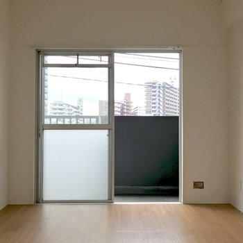 こちらも日当たり良好◎※写真は4階の同間取り別部屋のものです