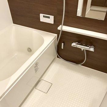 浴室乾燥機付きですよ!!!