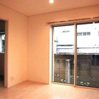 洋室は隣にあります※写真は前回募集時のものです。