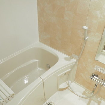 【イメージ】お風呂は追い焚き付きの新品に!※似た間取りの別部屋