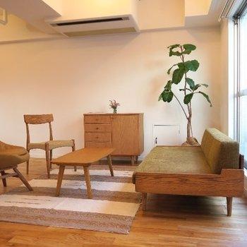 【家具イメージ】こんなところでお仕事できるなんて素敵すぎませんか?