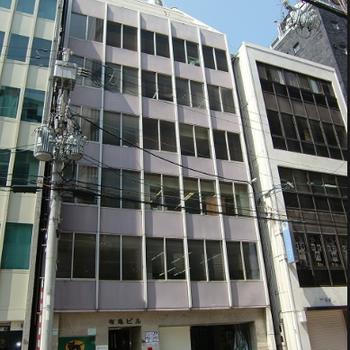 1階にはヤマト運輸さんの入った建物