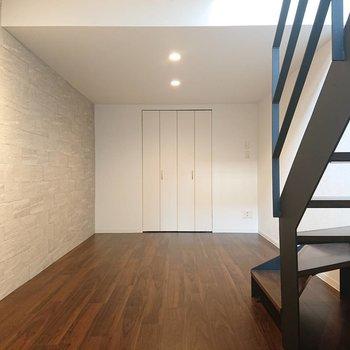 広めですね◎ホームスクリーンしたいな※写真は1階の反転間取り別部屋のものです
