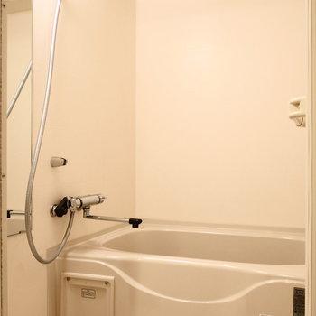 浴室乾燥機能ついています。