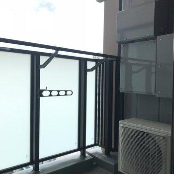 バルコニーへ※写真は18階の反転間取り別部屋のものです