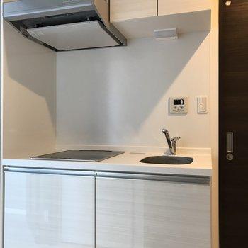 キッチン収納はしっかり確保。