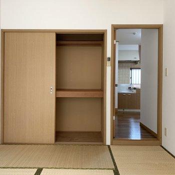 【和室】収納はこちらのみですが、大容量です。