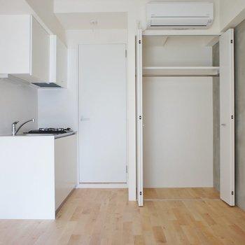 収納はここに ※写真は3階の同間取り別部屋のものです。