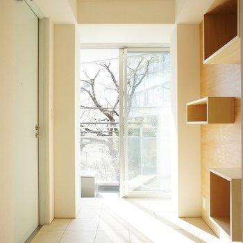 広い土間が魅力的! ※写真は3階の同間取り別部屋のものです。