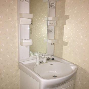 独立洗面台も使いやすそう。※写真は前回募集時のものです