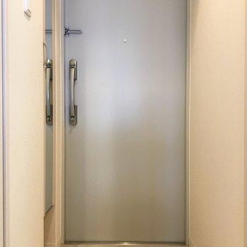 すっきりとした玄関に