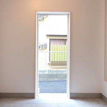 すぐお外に出られるの◎※写真は同間取り別部屋のものです