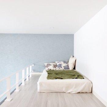 ロフトは寝室として使いましょ※写真は反転間取り別部屋、モデルルームのものです。