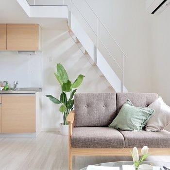 カフェちっくに住みたいなっ※写真は反転間取り別部屋、モデルルームのものです。
