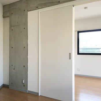 ハンサムなインテリアおきたいです! ※写真は3階の同間取り別部屋のものです