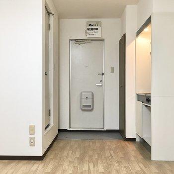 水回りはこちらにギュッと。※写真は3階同間取り・別部屋のものです。