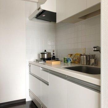 【DK】壁がタイルのおしゃれなキッチン。