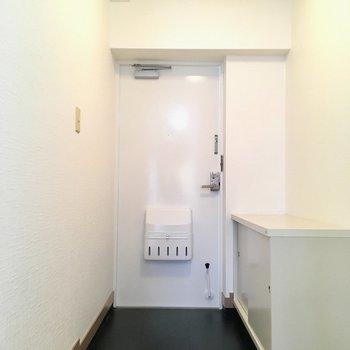 玄関はゆったりサイズですね。