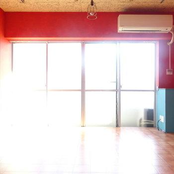 窓が広くて明るいです◎※写真は前回募集時のもの