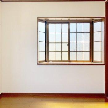 窓。まど。マド。mado...