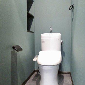 トイレまで、ミントグリーンの色合い。