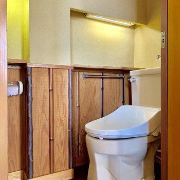 トイレにも和を感じるところが。