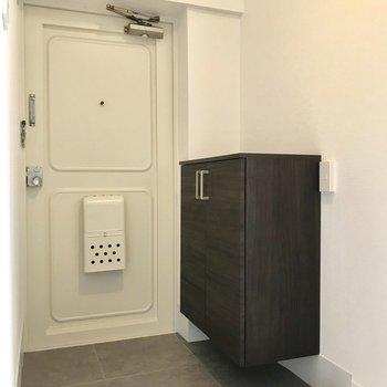このドアの感じ、スキ。