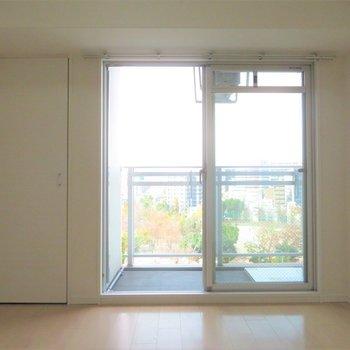 部屋内からもいい景色が※写真は同間取り別部屋のものです。